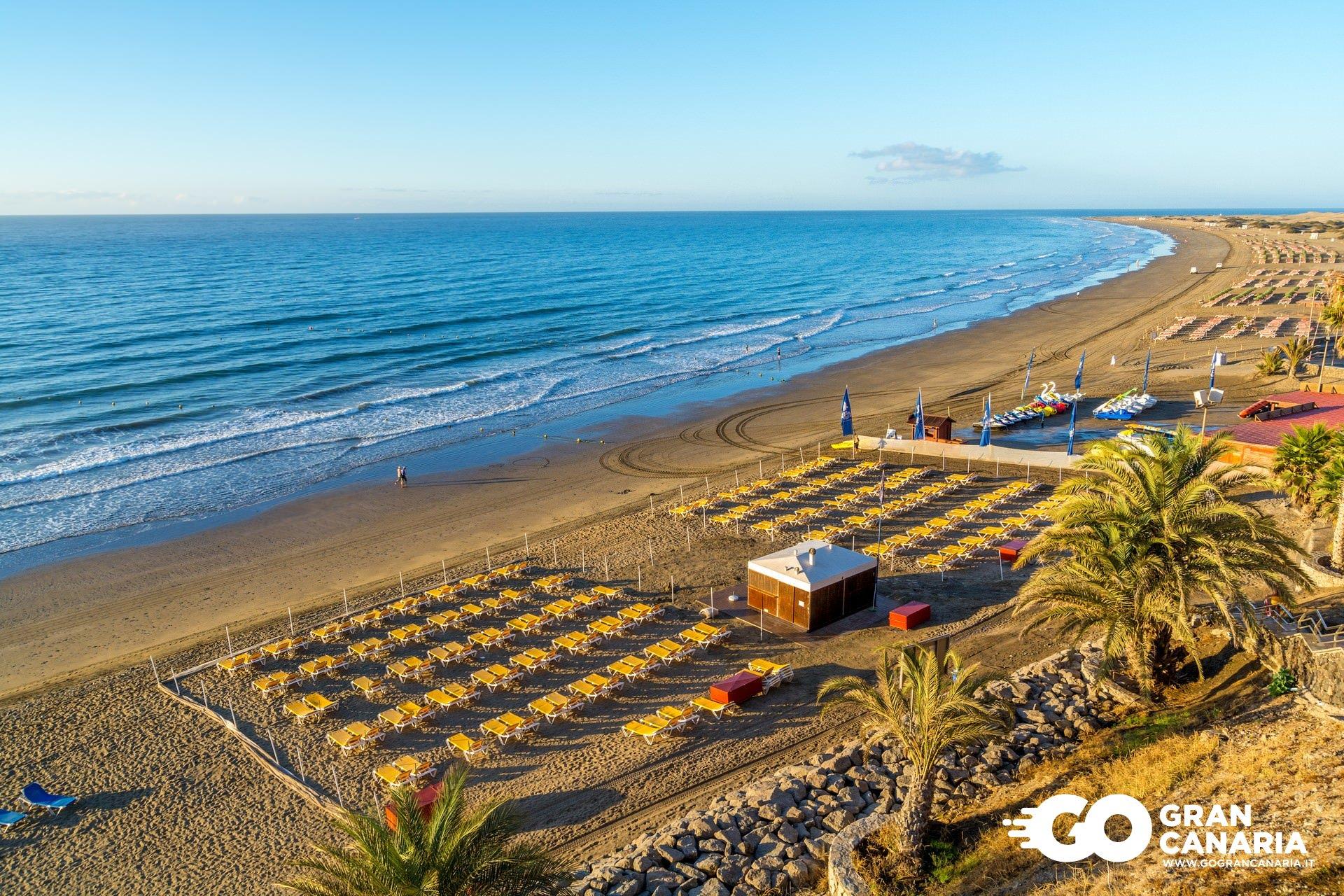Playa del ingl s a gran canaria for Gran canaria padel indoor