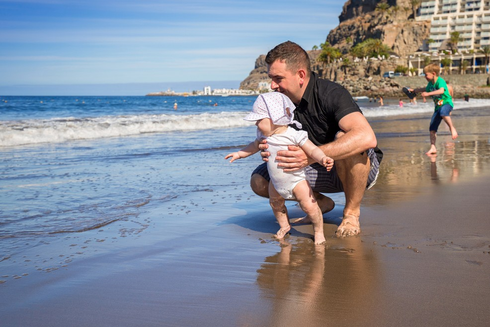 Una famiglia in spiaggia a Gran Canaria